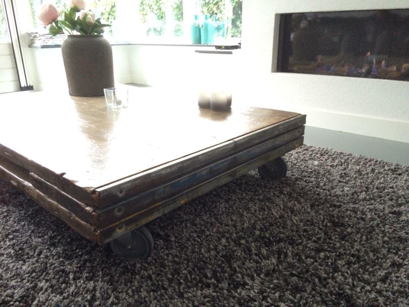 Steenschotten salontafel   Diepenmaat meubelen